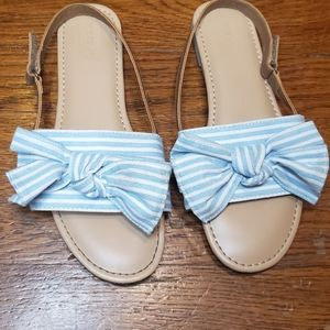 Crazy 8 striped bow girls blue and white sandals